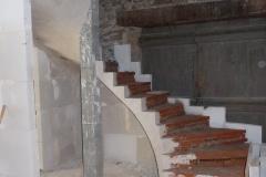 Escalier sur voute sarrasine en Ardèche 039